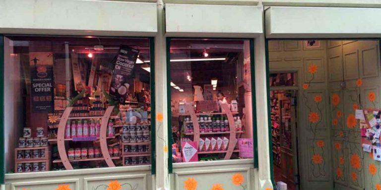 Vitamin Store Around the Corner